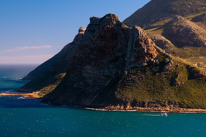 View of the Sentinel from Chapman's Peak Drive, Hout Bay, South Africa © Matt Prater