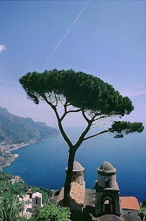 397px Ravello Costa Amalfitana: acantilados y pueblos de ensueño
