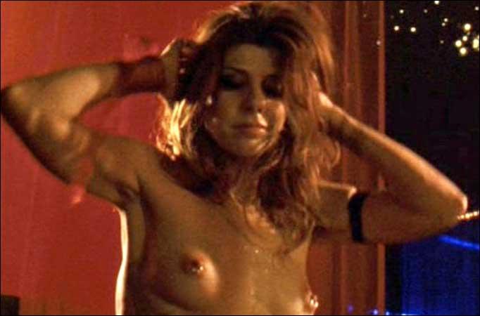 Amanda Redington  nackt