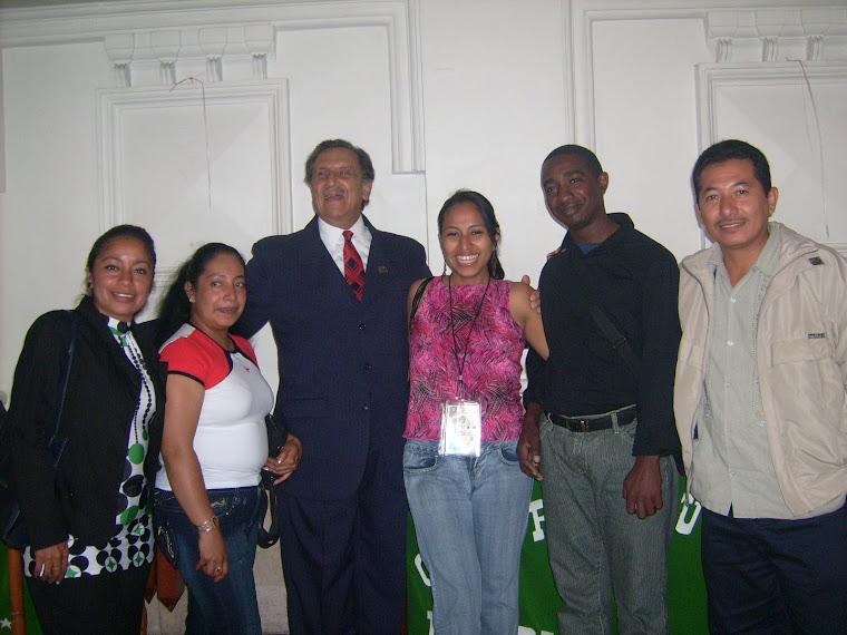 En el Concurso Nacional de Oratoria, Comitán, Chiapas; México.