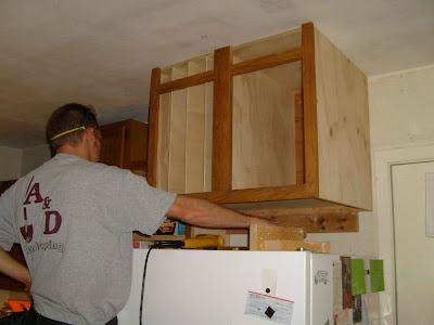 Kitchen Cabinet Hardware Upgrade | Kitchen Cabinet Hardware