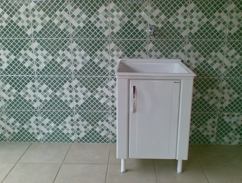 Esse é nosso singelo tanque onde irei lavar as roupas sujas kkk #33442F 1525 1156
