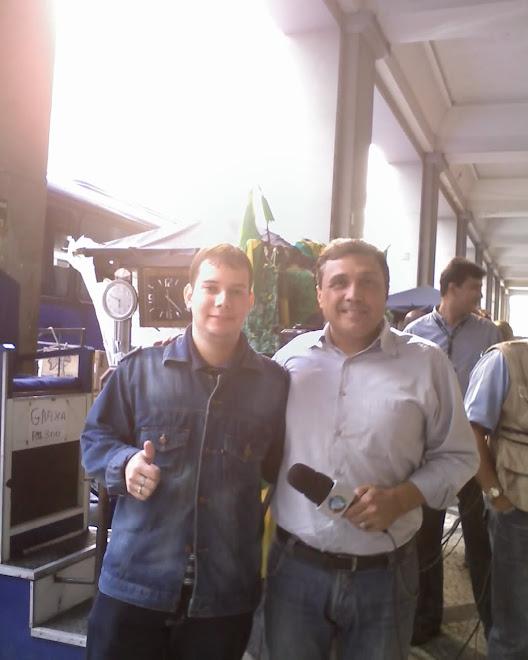 Meu filho com seu amigo Sérgio frias repórter da Rede Record tv