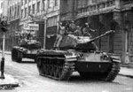 Tanques en la Moneda