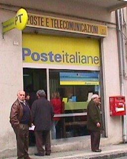 Barcellonablog Le Poste Italiane Riducono Orari E Giorni