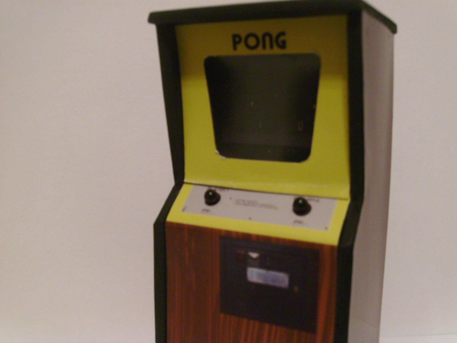 Retro Heart: PONG - Custom Scale Arcade Model