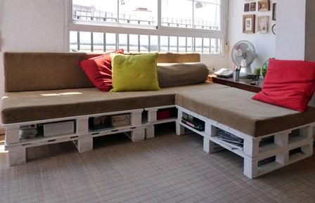 Un sof de palets y espuma - Construir sofa con palets ...
