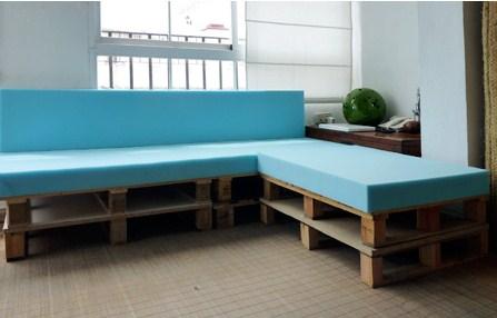 Un sof de palets y espuma - Matelas pour canape palette ...