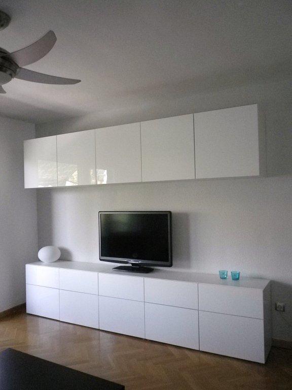 Nuestro mueble del salon besta iii estructuras puertas y - Ikea muebles salon comedor ...