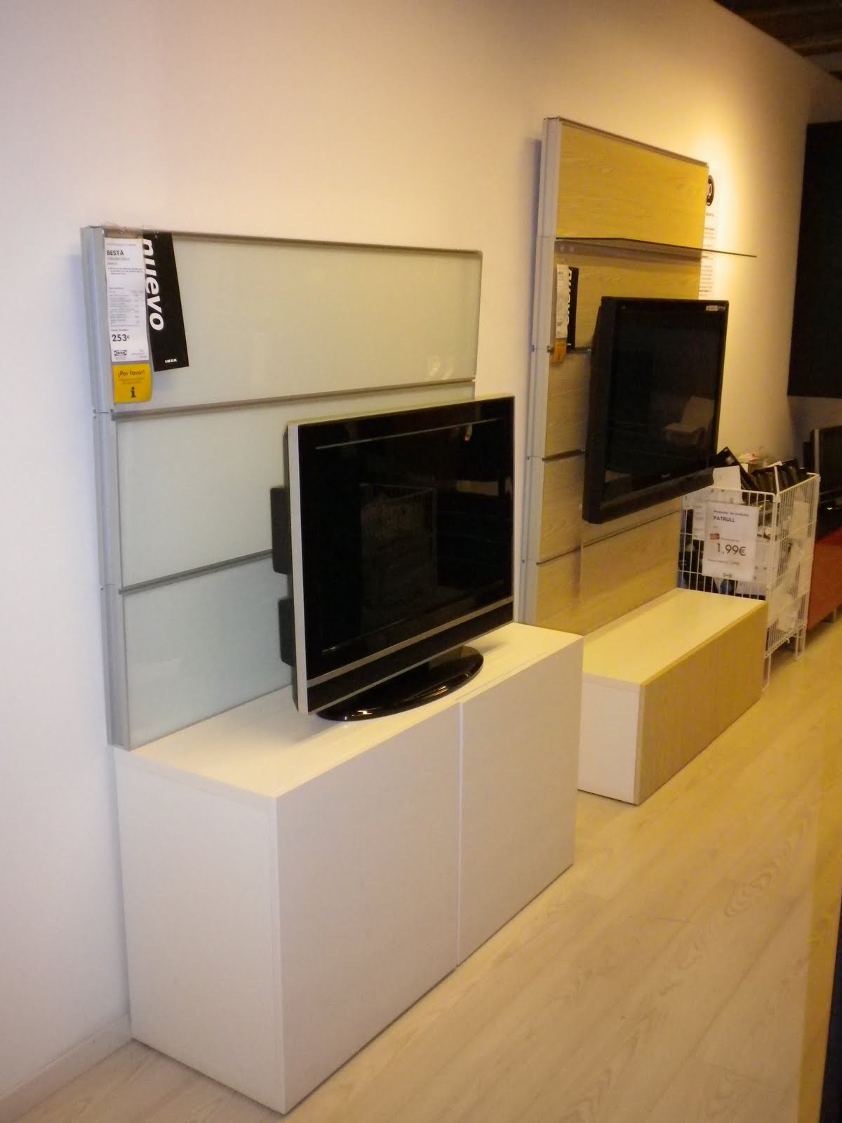 salones besta de ikea madrid del este iii. Black Bedroom Furniture Sets. Home Design Ideas