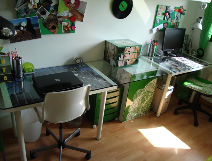 La mesa escritorio del despacho de rafa for Mesa despacho ikea
