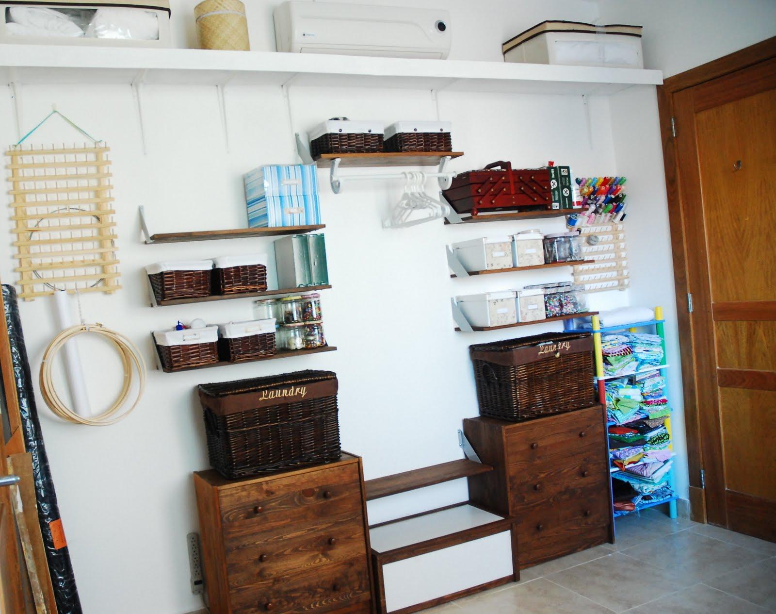 Puertas de tela para un armario improvisado - Cortinas para armarios sin puertas ...