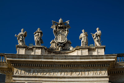Statues on the roof - Vatican City