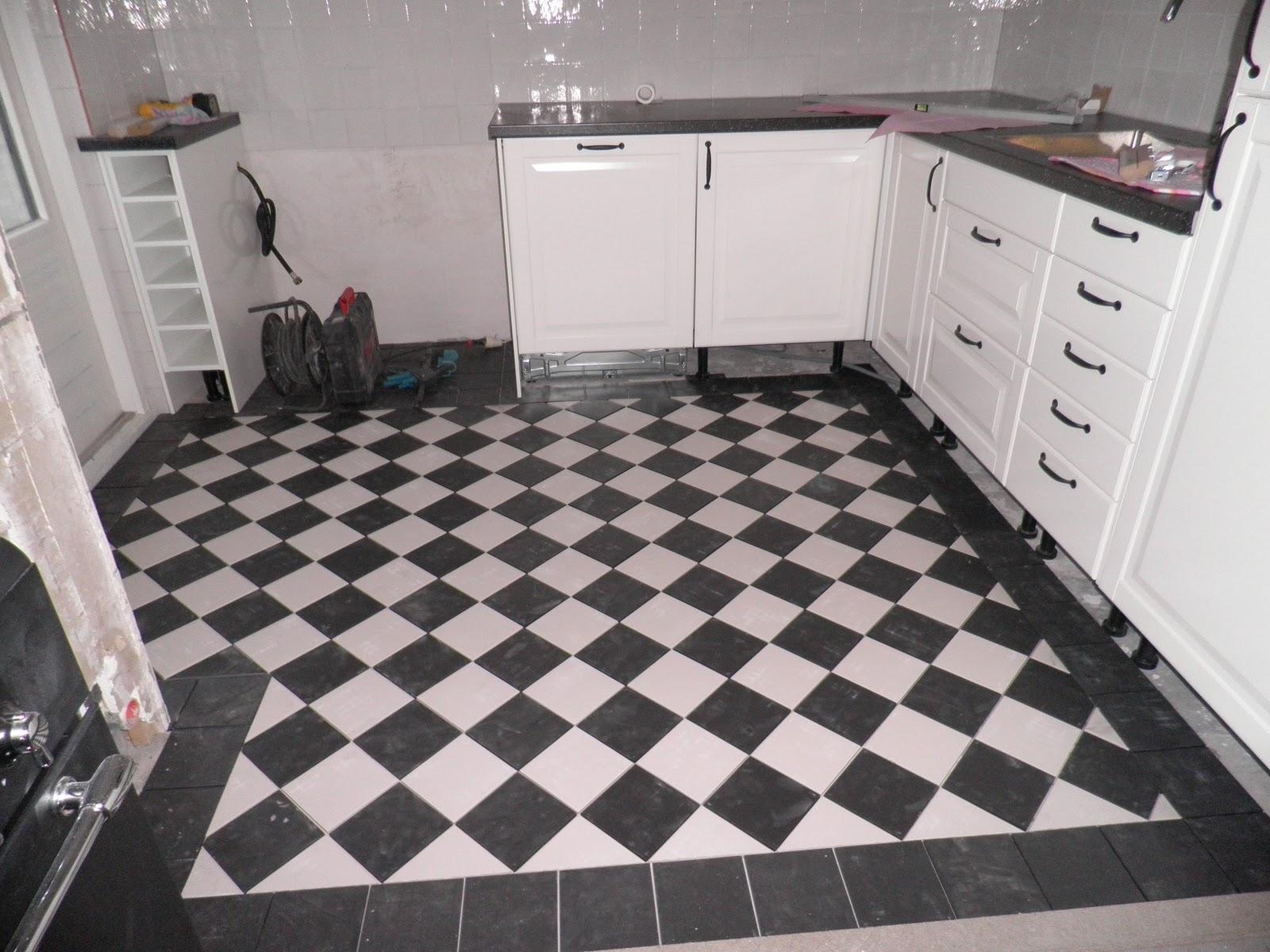 Vloertegels Keuken Verven : Keuken Vloertegels Zwart Wit : Pin Wandtegels Keuken Verven on