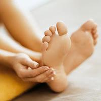 6 Cara Sederhana Mencegah Bau Kaki