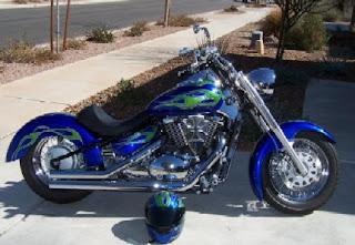 http://1.bp.blogspot.com/_zRotuuaORBU/S-AD034TAyI/AAAAAAAABl8/SVcoCI73BNo/s320/2005-C50-Boulevard.jpg