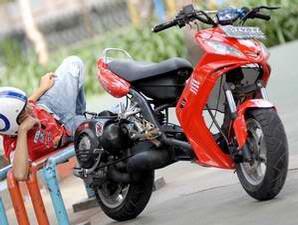 Modifikasi Vespa Excel Bergaya Skubek Motor Cycles Sports