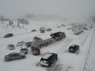 blizzard crash michigan