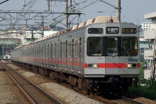 東京メトロ半蔵門線 半蔵門行き4 東急8590系(平日2本運行)