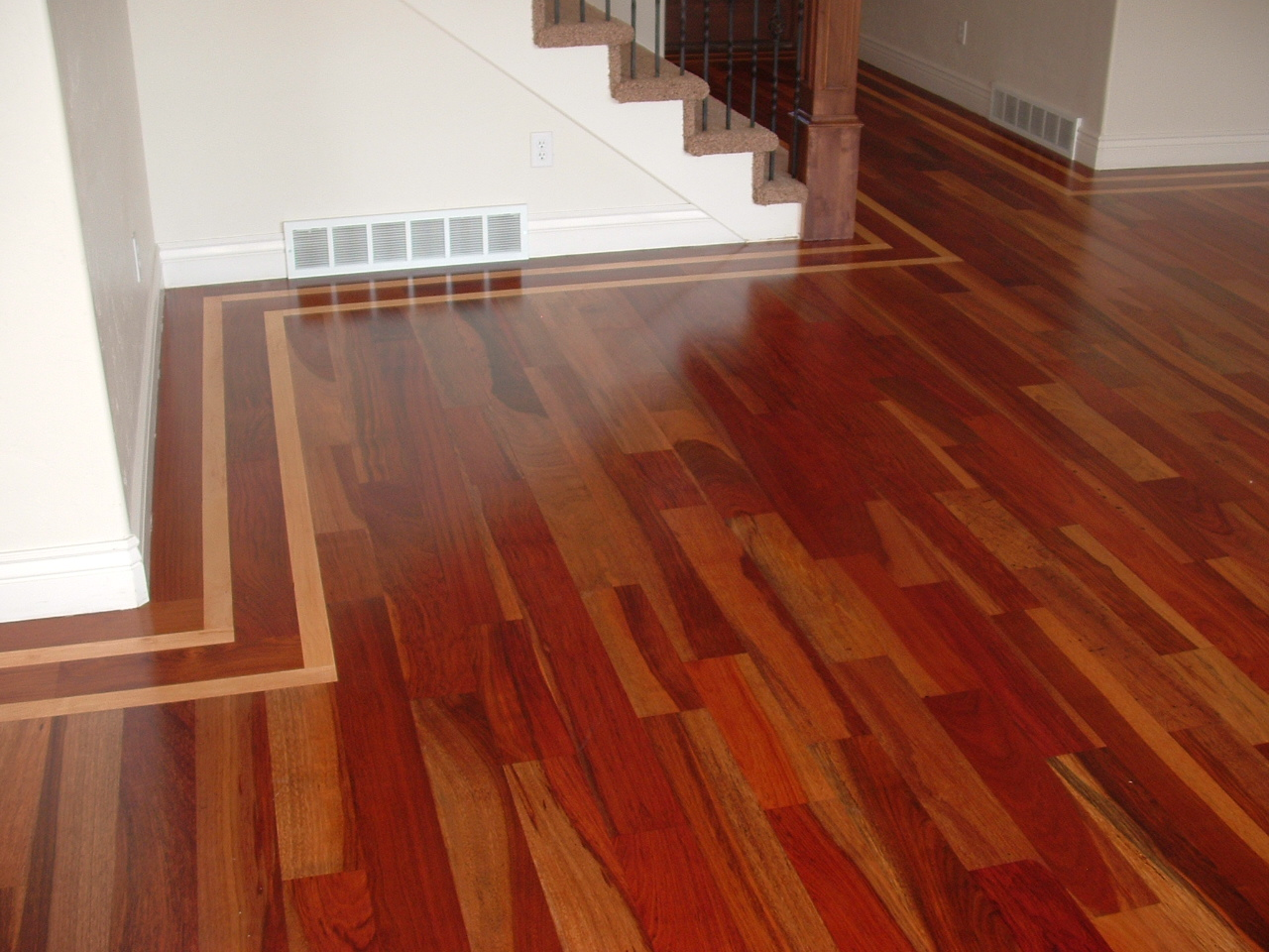 Wade homes custom hardwood flooring brazilian cherry with for Homes with hardwood floors