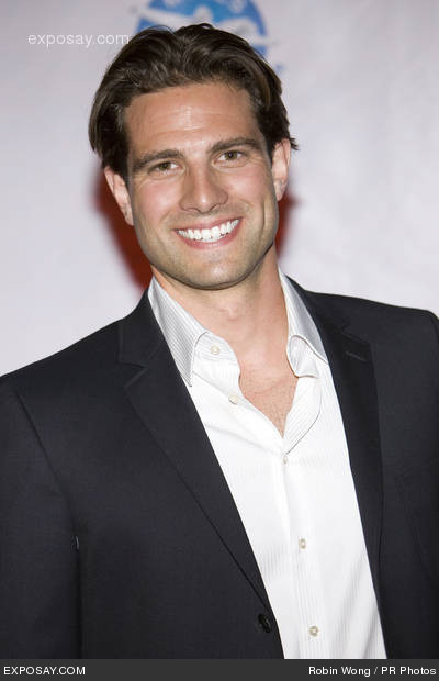 Scott McGillivray Shirtless http://penn-reel.nl/cache/28/19/scott-mcgillivray-bio