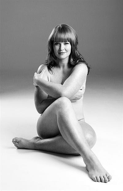 snygg kvinna naken