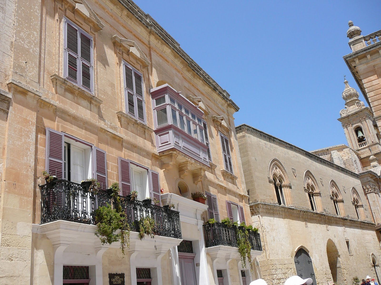A bord de thira vendredi 23 et samedi 24 juillet visite de malte - Office du tourisme ecosse ...