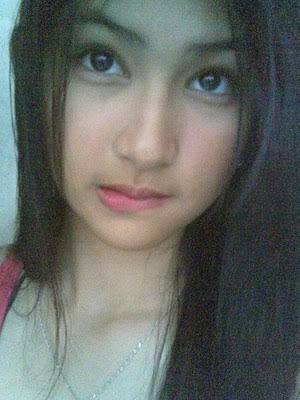 Adik Khairani Sweet 18