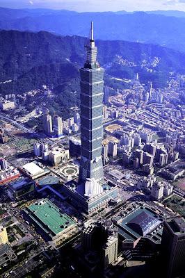 Ascensor de alta velocidad del Taipei 101