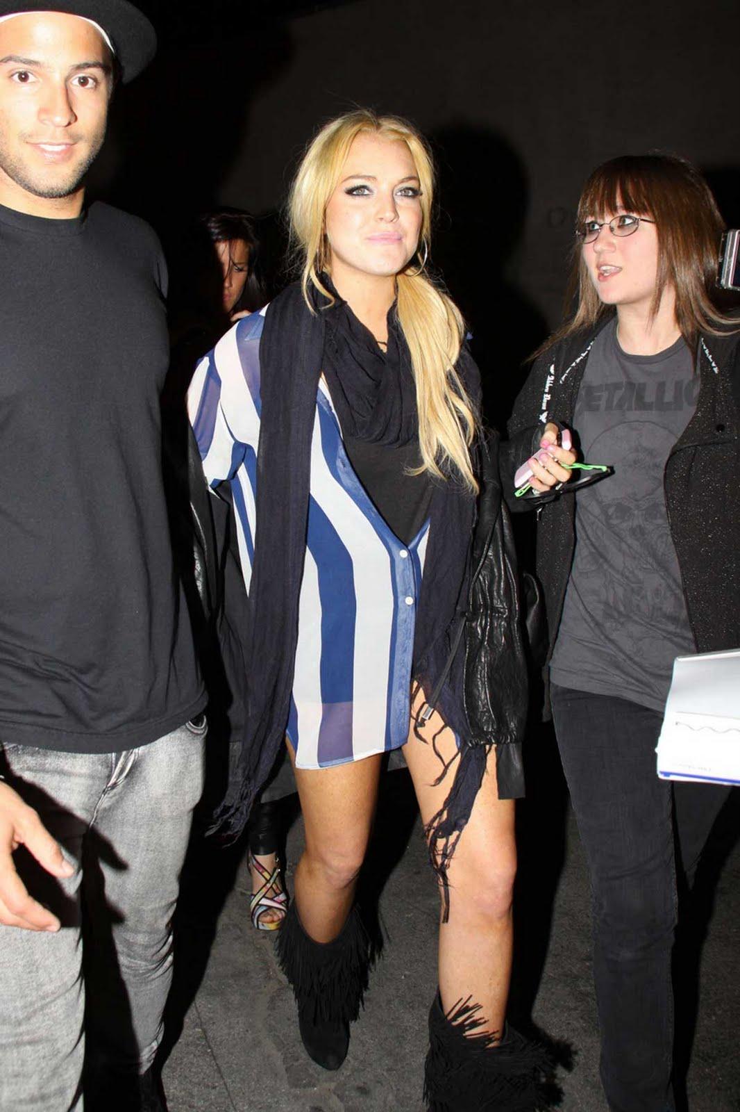 http://1.bp.blogspot.com/_zbsfJpJk1lA/TA6vmgOusJI/AAAAAAAALyw/ZFHTVwBkm3Q/s1600/lindsay_lohan_shorts_3.jpg
