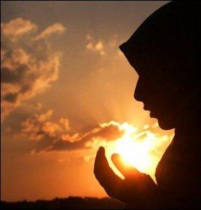 http://1.bp.blogspot.com/_zc8xAFILkyY/TQm1w8jdgZI/AAAAAAAAAAY/3xqBSRafyPc/s1600/berdoa-pic.jpg