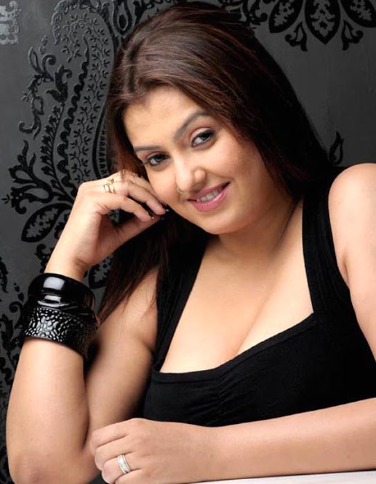 sona black fashion hot photoshoot