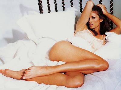 cindy crawford thighs exposed