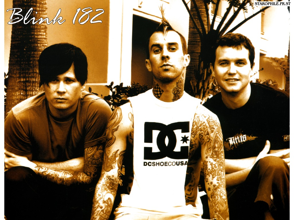 Blink 182 - Boxing Day Lyrics