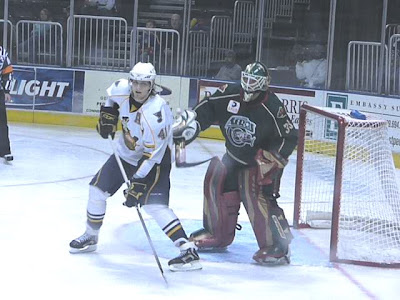 Peoria scoring ace Steve Regier stands his ground in front of the Houston Aeros' net ('St. Louis Game Time' photo by Brian Weidler)