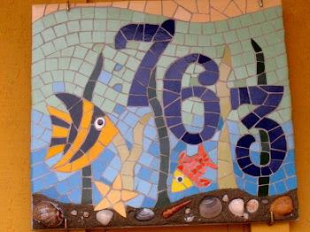Mosaico na praia, por Josenice B. da Silva