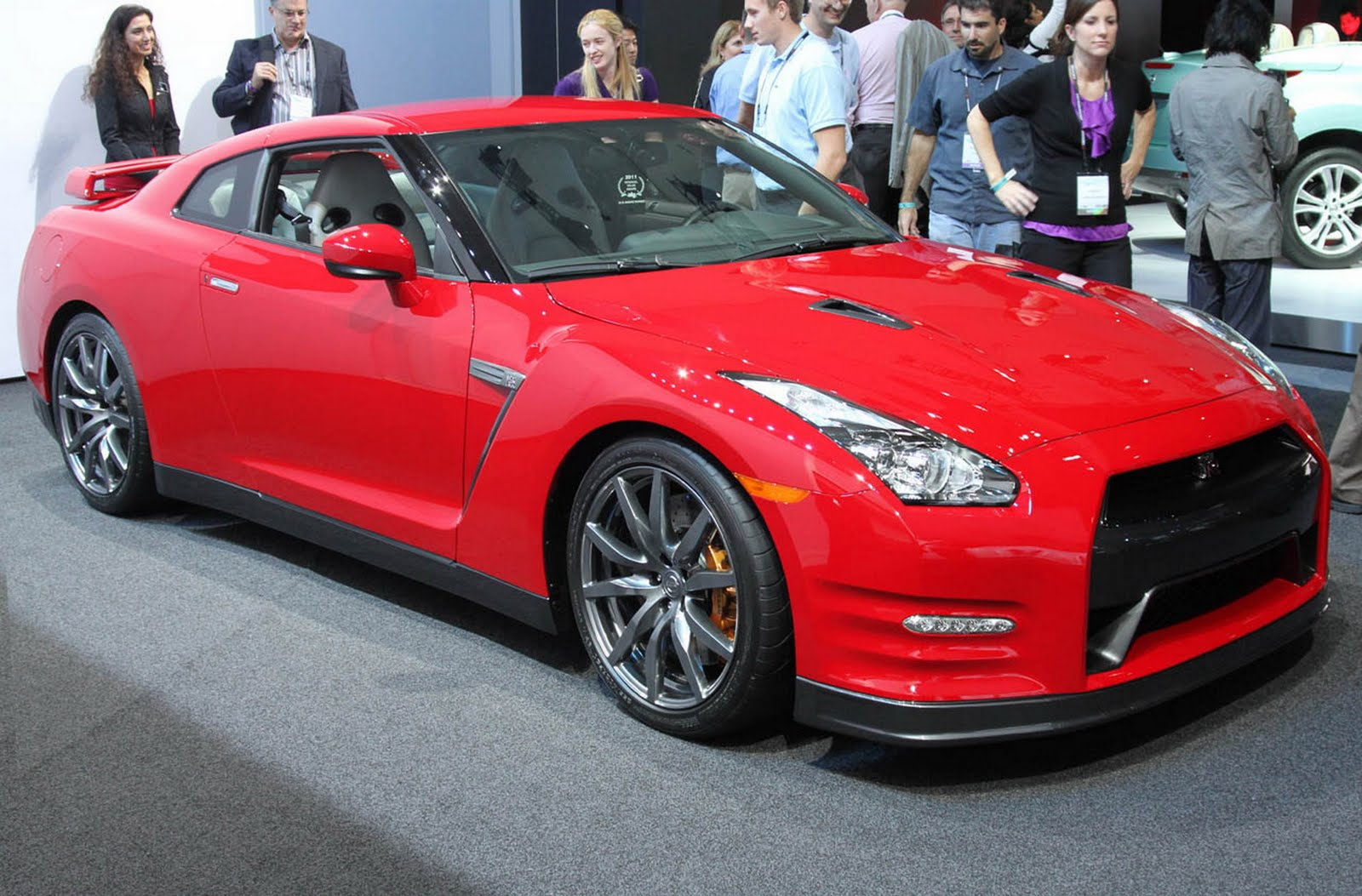 2012 Nissan GT R Specifications And Features With Price Details