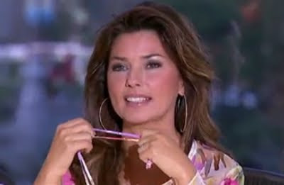 American Idol Shania Twain guest judge admiring John Park AI Chicago screencaps images pictures photos screengrabs captures video auditions