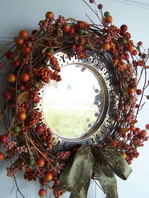 fall wreath at Beyond The Picket Fencehttp://bec4-beyondthepicketfence.blogspot.com/2009/10/fall-wreath.html