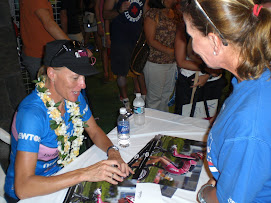 Michellie Jones signing autographs
