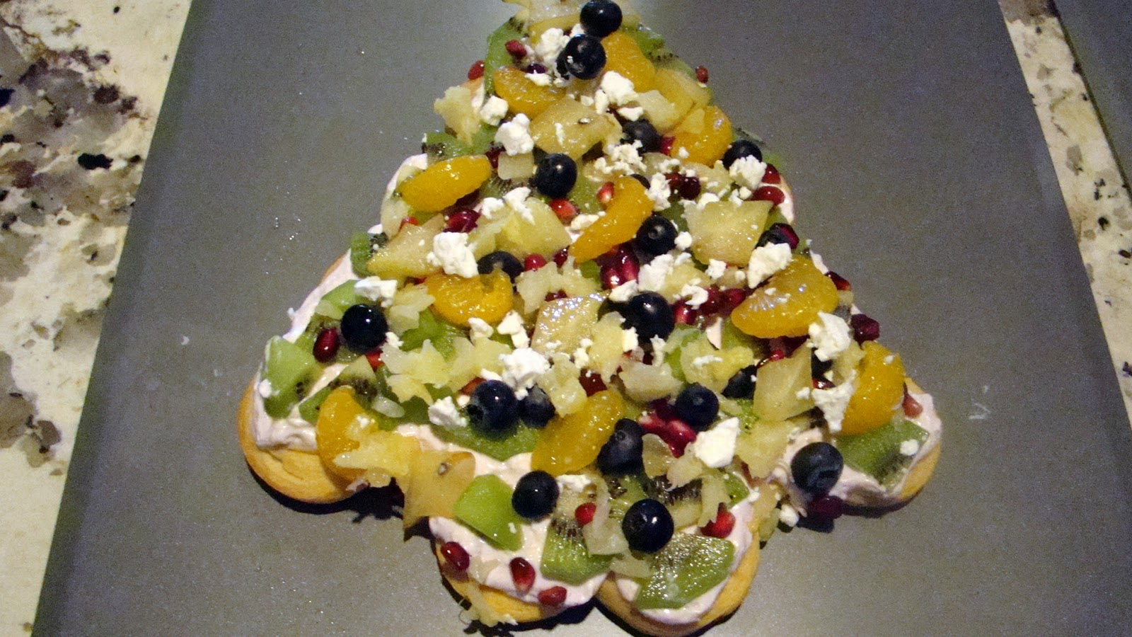 The bear cupboard joann 39 s crescent roll christmas tree - Christmas tree shaped appetizers ...