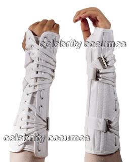 http://1.bp.blogspot.com/_zk2C5yQL-cs/Spqa1E9oGyI/AAAAAAAAAA8/ddYpw1dOF10/s320/Bad-Era-Hand-Brace.jpg