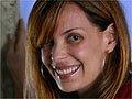 Carolina Ferraz vira travesti em São Paulo