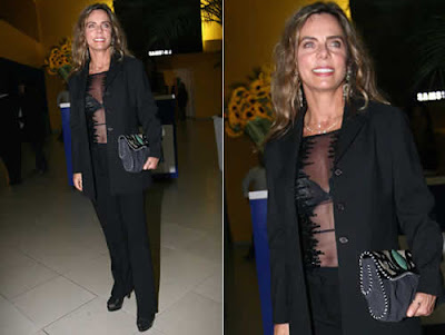 Bruna Lombardi: Blusa transparente