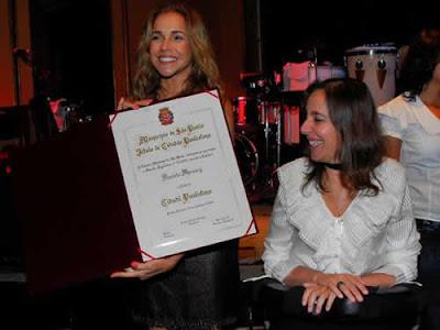 Daniela Mercury ganha título de cidadã paulistana