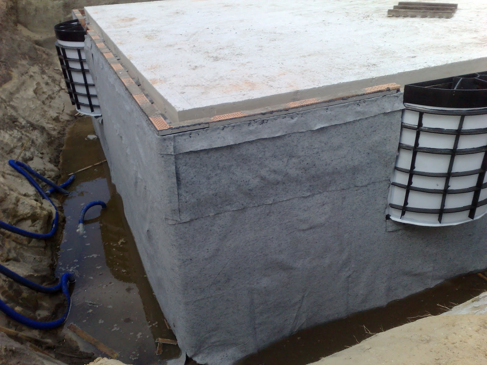 Duits bouwen kelder bouwen for Huis waterdicht maken