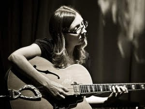 The Friday Morning Listen: Mary Halvorson Quintet – Saturn Sings (2010)