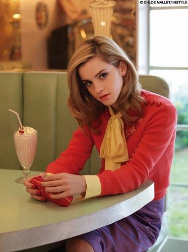 emma watson hair color. Emma Charlotte Duerre Watson