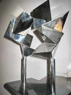 Dismantled Magen David israeli art