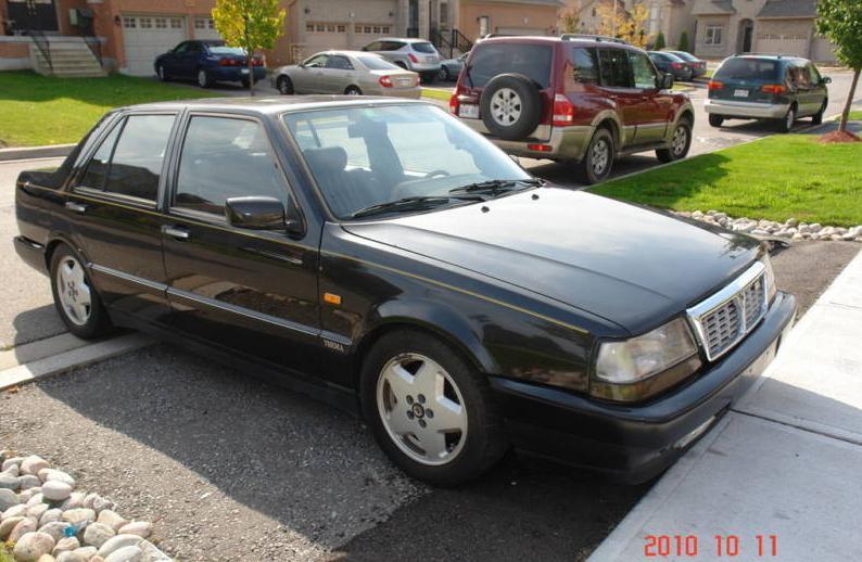 Lancia Thema 832. Lancia Thema 8.32
